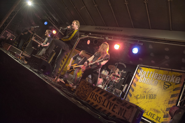 Koffer Rattlesnake shake on tour